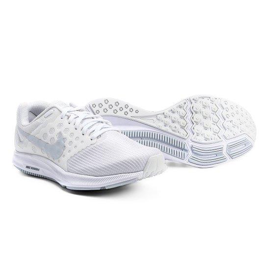 af85da5645 Tênis Nike Downshifter 7 Feminino - Branco e prata