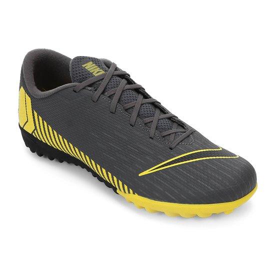 Chuteira Society Nike Vapor 12 Academy TF - Cinza e Amarelo - Compre ... 3234f3b2c9cc1