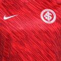 db790dbacf6 ... Camisa Internacional Treino Nike Dry Squad Top SS GX Masculina ...