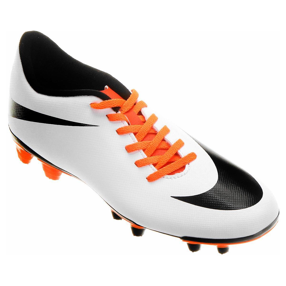 a57a163c7ac52 Chuteira Campo Nike Bravata FG - Branco e Preto   Loja do Inter