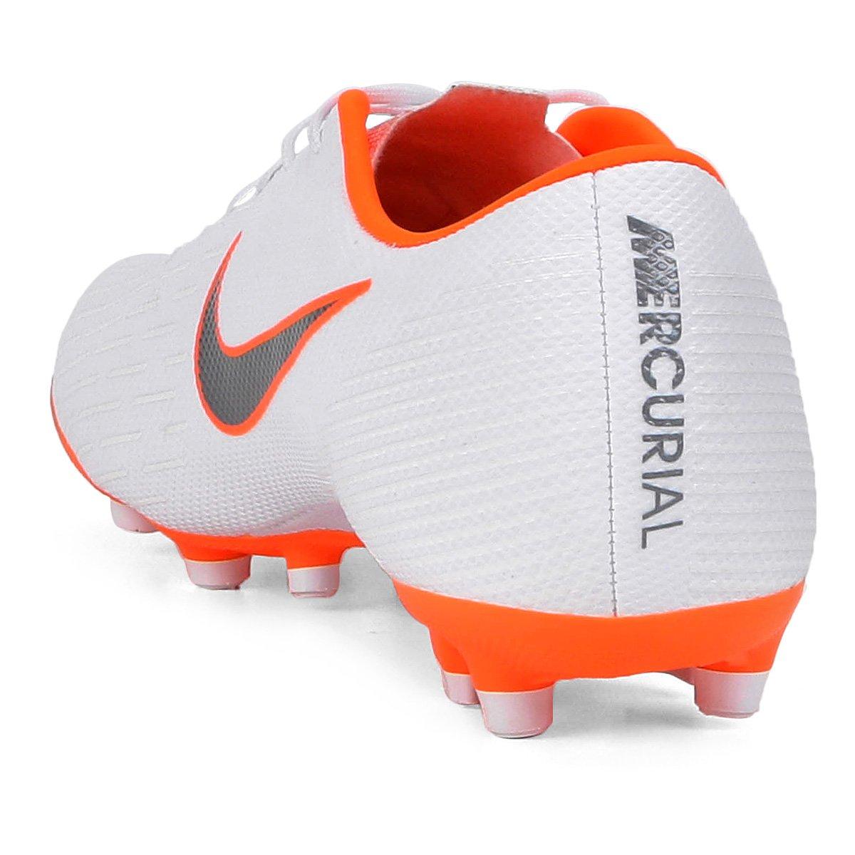 Chuteira Campo Nike Mercurial Vapor 12 Academy - Branco e Cinza ... bd7f0ef4fbe46