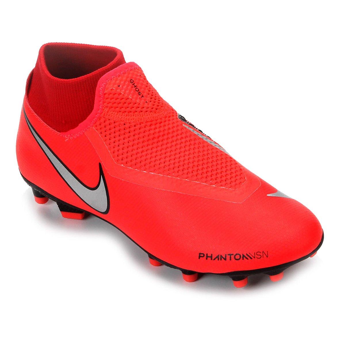 9b3558dea0 Chuteira Campo Nike Phantom Vision Academy DF FG - Vermelho e Prata ...