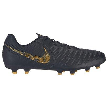 1231e9b43a826 Chuteira Campo Nike Tiempo Legend 7 Club FG - Preto e Dourado - Compre  Agora