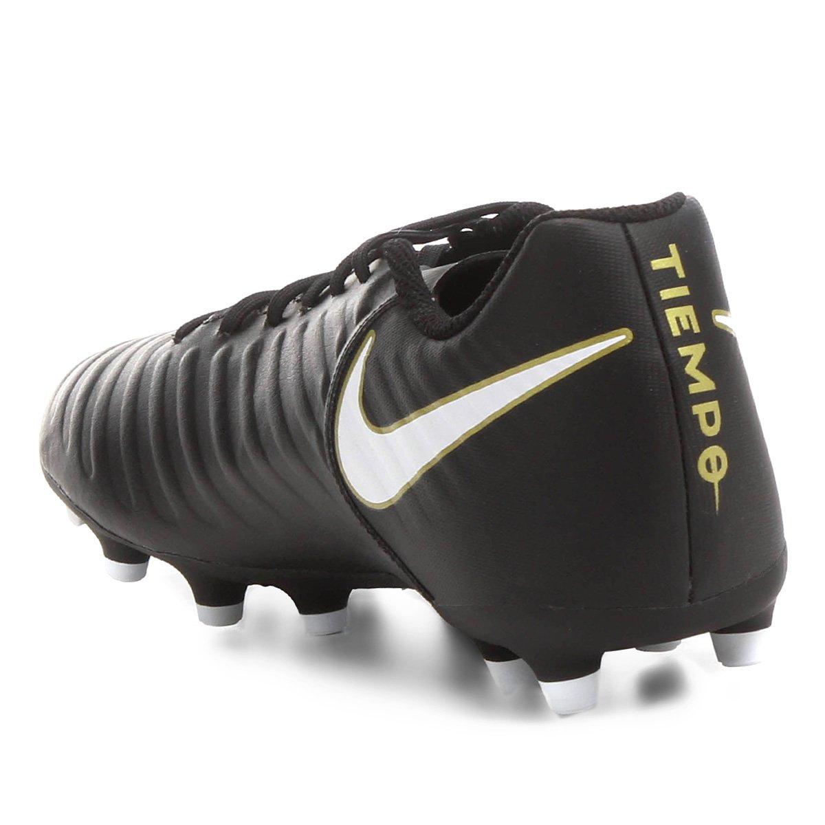 00a705e031 Chuteira Campo Nike Tiempo Rio 4 FG - Preto e Branco - Compre Agora ...