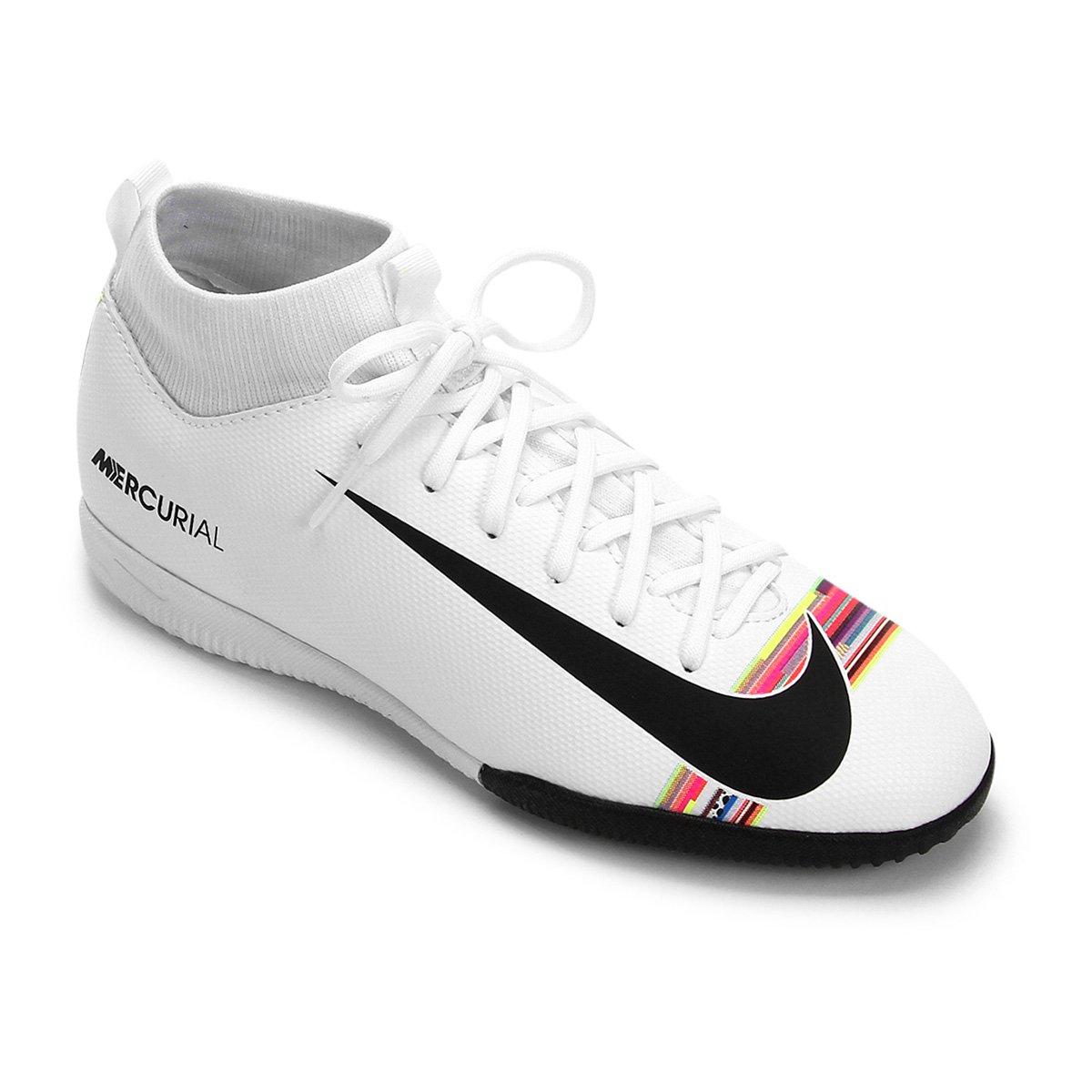 4df7970609 Chuteira Futsal Infantil Nike Mercurial Superfly 6 Academy GS CR7 IC -  Branco e Preto