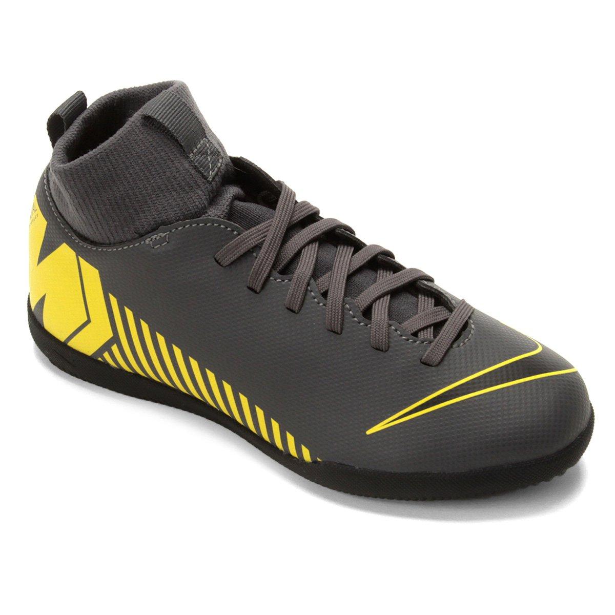 78d36fa79c66a Chuteira Futsal Infantil Nike Mercurial Superfly 6 Club IC - Cinza e  Amarelo | Loja do Inter