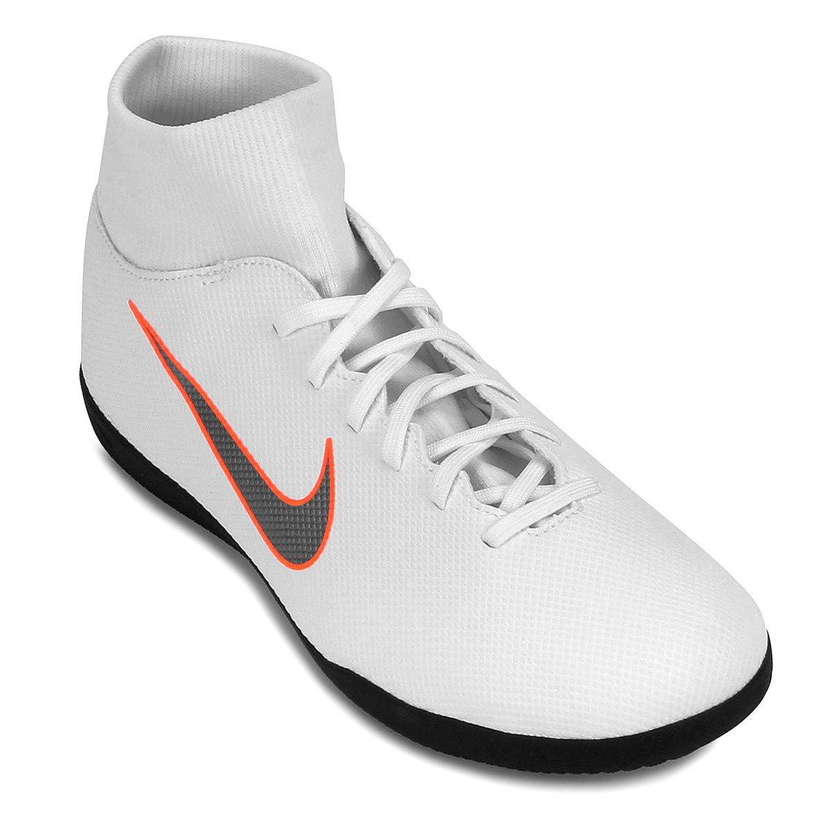 e837a326ee Chuteira Futsal Nike Mercurial Superfly 6 Club - Branco e Cinza ...