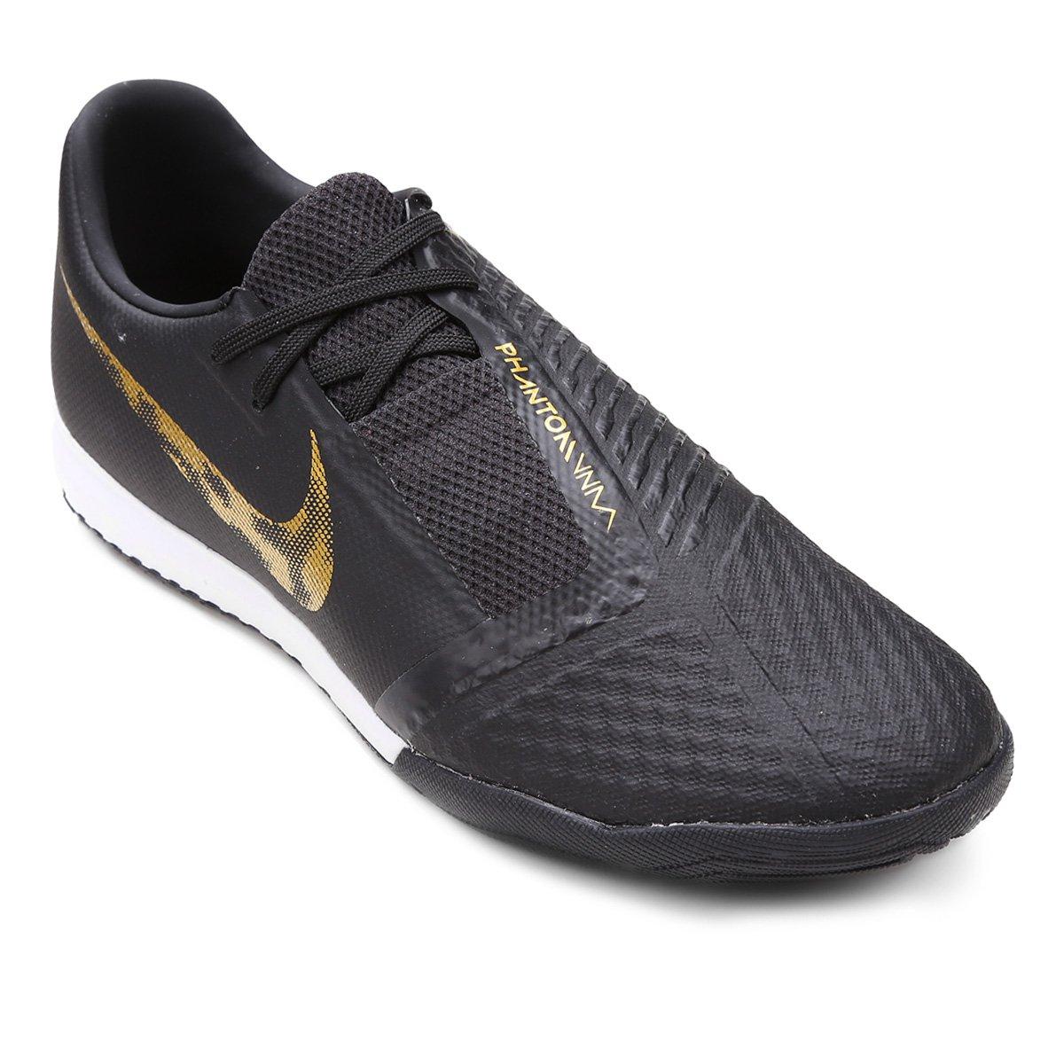509f94a14cbaa Chuteira Futsal Nike Phantom Venom Academy IC - Preto e Dourado   Loja do  Inter