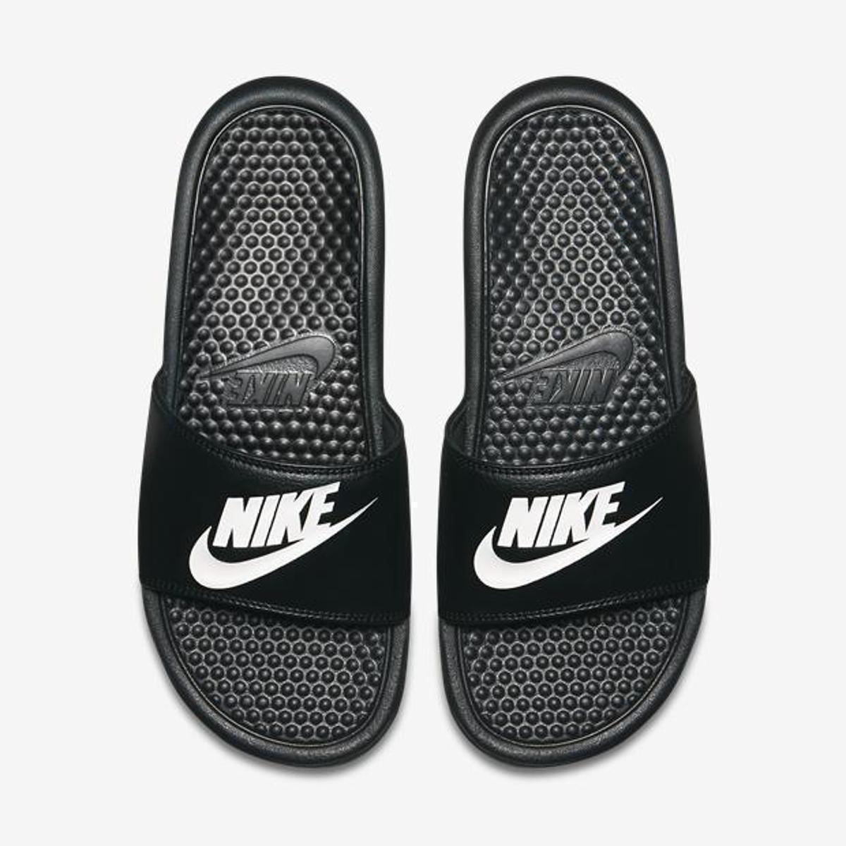 7baaa7ef684 Sandália Nike Benassi JDI Masculina - Preto e Branco - Compre Agora ...