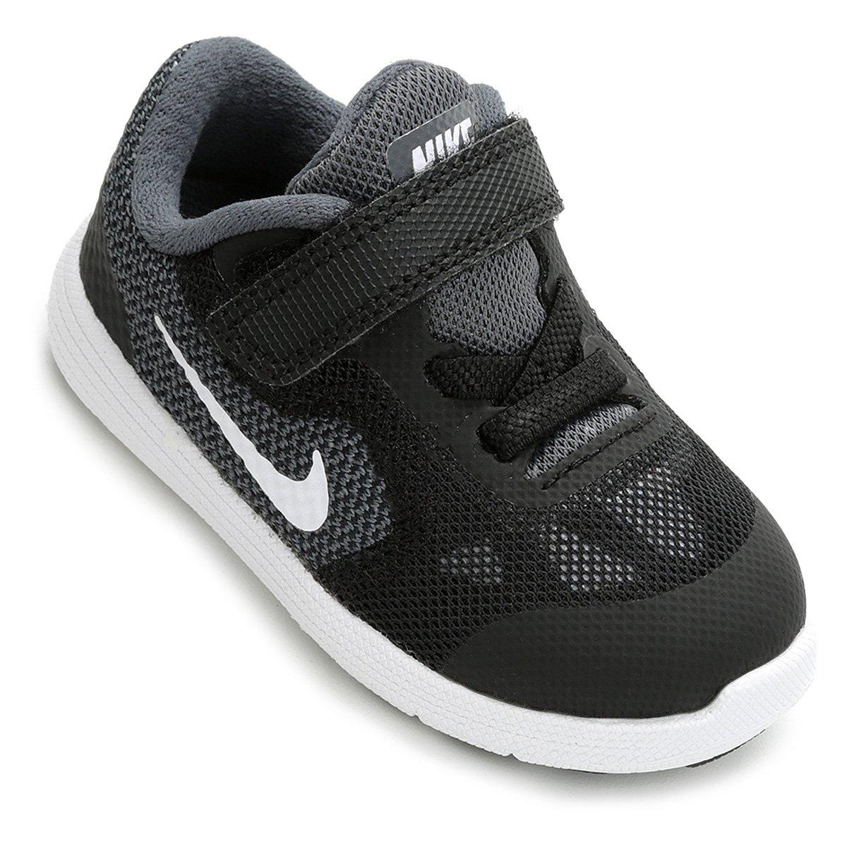 b3a6c49498 Tênis Infantil Nike Revolution 3 - Preto e Cinza - Compre Agora ...