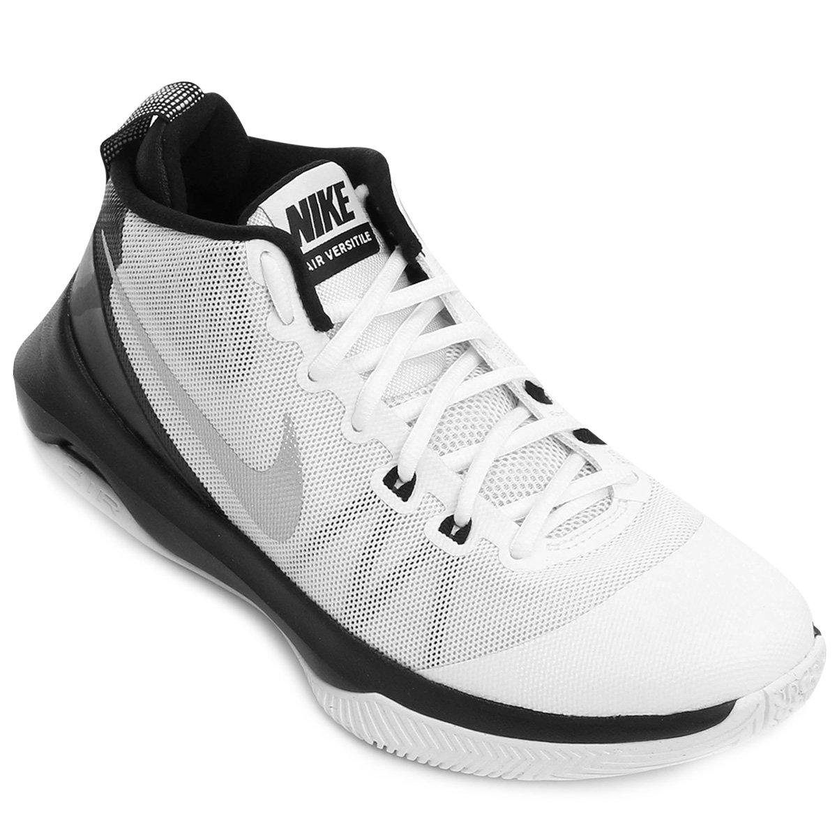 b897fd09f27 Tênis Nike Air Versitile Masculino - Branco e Preto - Compre Agora ...