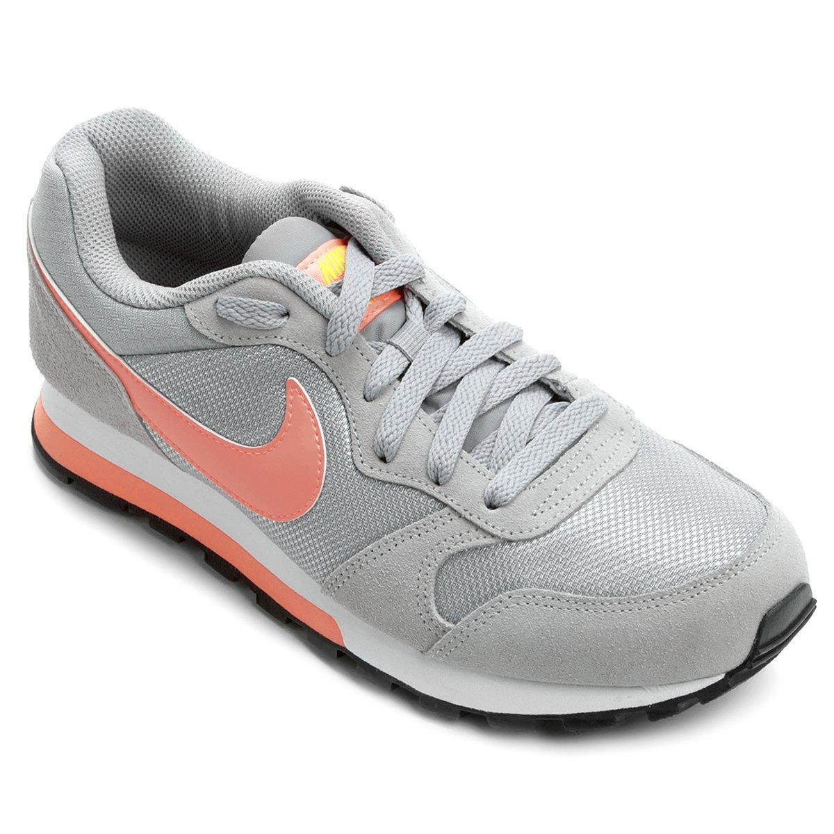 Tênis Nike Md Runner 2 Feminino - Cinza e Salmão - Compre Agora ... d331103001463
