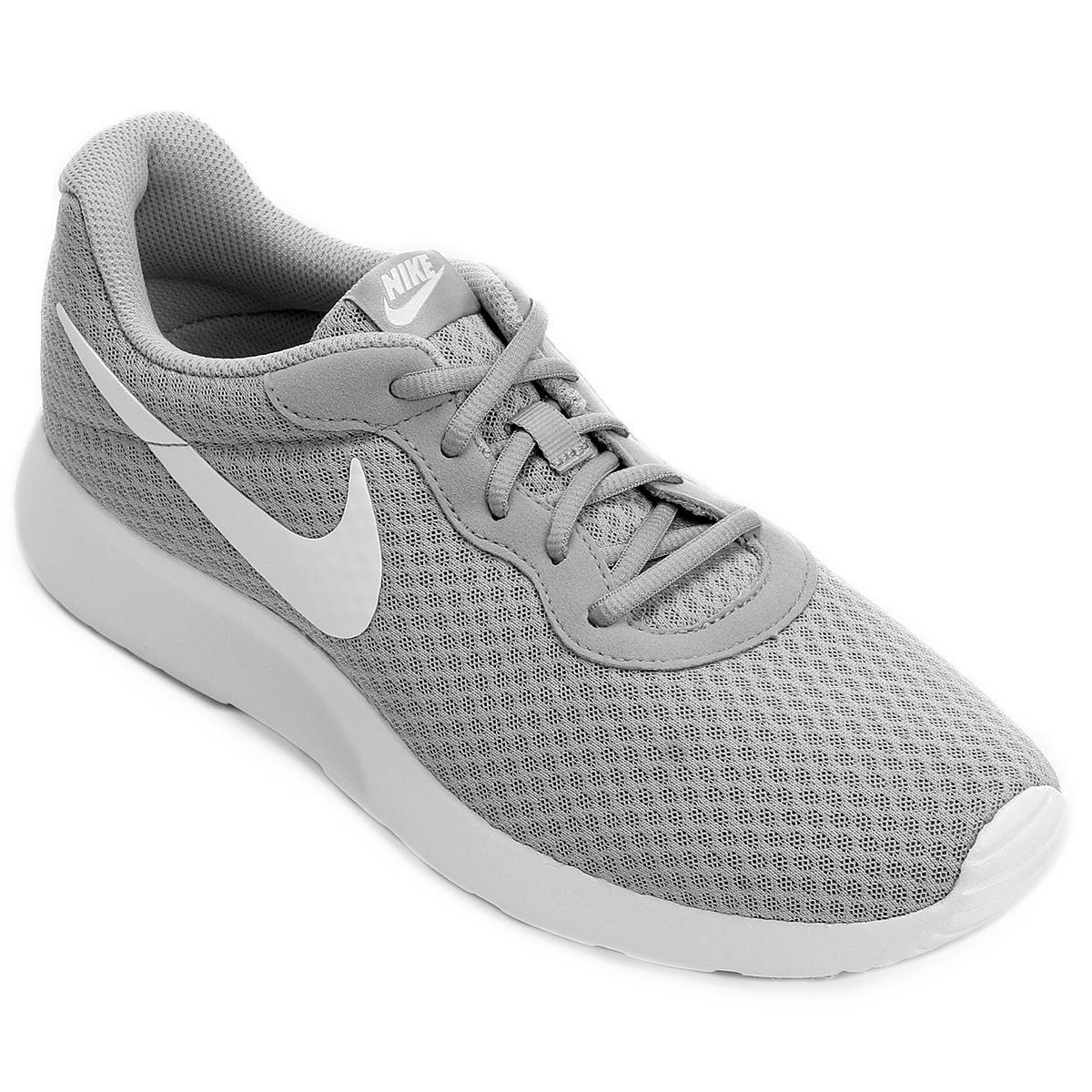 b8cb4d444 Tênis Nike Tanjun Masculino - Cinza e Branco - Compre Agora